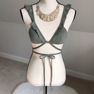 🌴👙VS Strappy Body Wrap Ruffled Bikini Top XS